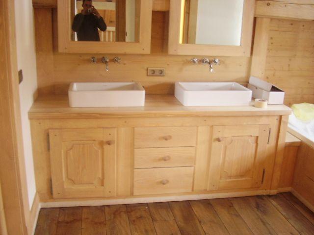 Meuble salle de bain avec tiroires et rangements